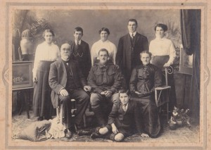 The Weir family - 1915