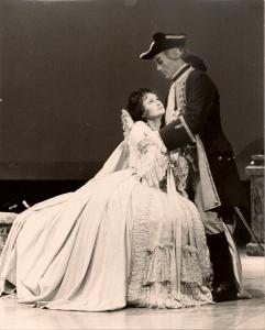 Joan Carden 'Fiordiligi' and J Fulford 'Guglielmo' - Cosi Fan Tutte
